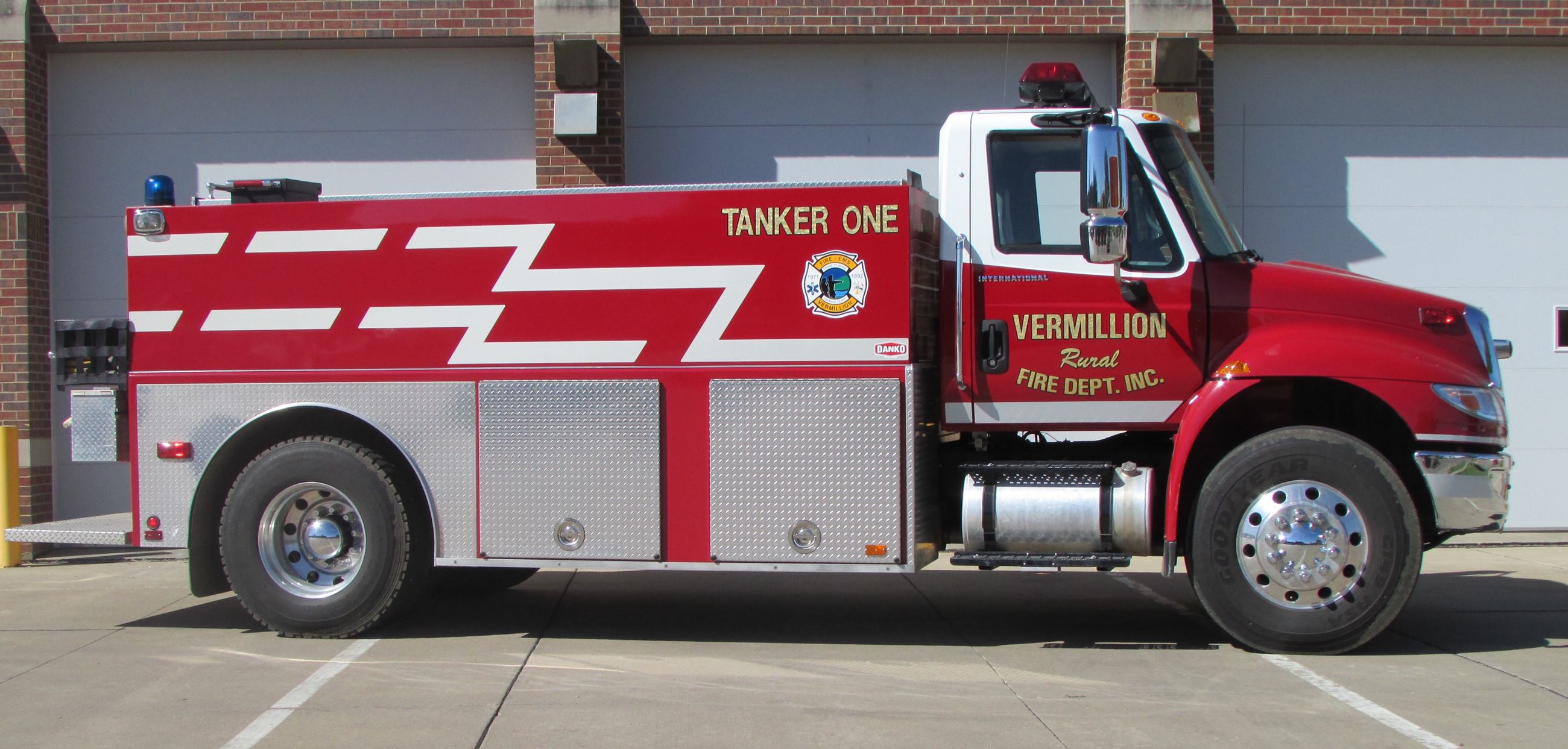 2005 International/DANKO Tanker (Tanker 1)